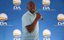 DA leader Mmusi Maimane addresses party supporters in KZN ahead of 8 May elections. Picture: @Our_DA/Twitter.