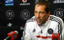 Roger De Sa has resigned as Orlando Pirates coach. Picture: Orlando Pirates Facebook page.
