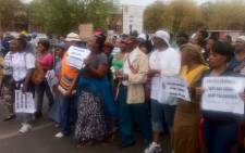 Women sing and dance outside the Garankuwa Magistrates Court where 259 Lonmin workers were appearing. Picture: Theo Nkonki/EWN