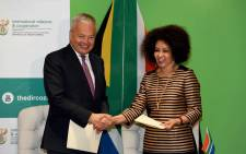 Minister of International Relations Lindiwe Sisulu with her Belgian counterpart Didier Reynders. Picture: GCIS.