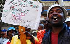 South African Post Office (Sapo) workers on strike. Picture: EWN