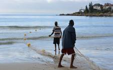The City of Cape Town started its exclusion net trial at Fish Hoek beach on 22 March 2013. Picture: Aletta Gardner/EWN