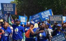 Democratic Alliance supporters gathered outside the SABC's headquarters in Auckland Park on 3 October 2016, calling for the removal of Hlaudi Motsoeneng and the SABC board. Picture: Gia Nicolaides/EWN.