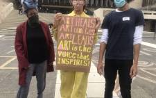 Artists and creatives in Cape Town are performing and protesting in solidarity with others across the country who are taking a stand against the alleged mismanagement of the President Employment Stimulus Programme.  Picture: Lizelle Persens/EWN