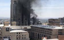 An image of the fire at Michelangelo Hotel in Sandton, Johannesburg on 21 November 2018. Picture: @Grumples_RSA/Twitter