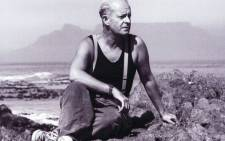 Pieter-Dirk Uys on Blouberg beach on 11 February 1990, the day Nelson Mandela was freed from jail. Picture: Supplied.