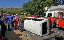 A minibus crashed into a wall in Ruimsig on 29 November 2016. Picture: @ER24EMS.