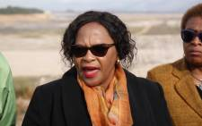FILE: Minister of Water and Sanitation Nomvula Mokonyane at the nearly empty Theewaterskloof Dam. Picture: Bertram Malgas/EWN