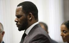 FILE: R&B singer R. Kelly appears at a hearing before Judge Lawrence Flood at Leighton Criminal Court Building in Chicago, Illinois, on 25 June 2019. Picture: Nuccio DINUZZO/GETTY IMAGES NORTH AMERICA/AFP