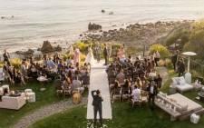 Amy Schumer weds chef Chris Fischer in Malibu. Picture: @amyschumer/Twitter.