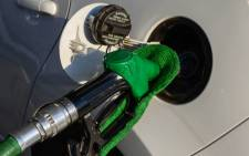 FILE: The Energy Department has announced that the petrol price will decrease by 45 cents a litre from 5 November. Picture: EWN.