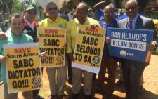 Johannesburg Mayor Herman Mashaba and Cope leader Mosiuoa Lekota were among those that gathered outside the SABC building in Auckland Park on 3 October 2016, calling for Hlaudi Motsoeneng to step down. Picture: Kgothatso Mogale/EWN.
