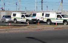 Police on the scene of a hostage situation at the Nyanga Junction Shopping Centre. Picture: Shamiela Fisher/EWN