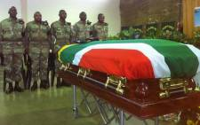 Paratrooper Vusumzi Ngaleka, who was killed in the Central African Republic, is laid to rest in Khayelitsha. Picture: Carmel Loggenberg/EWN