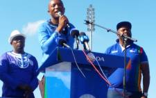 DA leader Mmusi Maimane addresses supporters during Workers' Day celebrations in Blue Down. Picture: Twitter/@WesternCapeDA.
