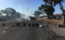 Siqalo informal settlement residents took to the streets on 24 February 2016 over service delivery concerns. Picture: Xolani Koyana/EWN.