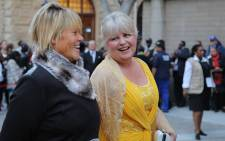 DA MPs Glynnis Breytenbach and Dianne Kohler-Barnard share a laugh on the red carpet. Picture: EWN.