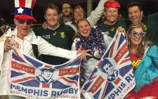 SA and US fans share a laugh after the Springboks crushing 64-0 victory at the Olympic Stadium in London. Picture: Vumani Mkhize/EWN.