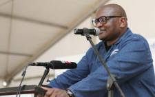 Gauteng Premier David Makhura addressing Hammanskraal residents. Picture: @GP_CommSafety/Twitter.