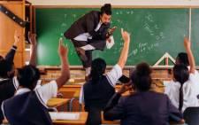 Kurt Minaar in class teaching grade eight pupils. Picture: Lindsey Appolis.