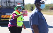Gauteng Community Safety MEC Faith Mazibuko (L) on 3 May 2020 monitored travel on the N1 South between Gauteng and the Free State to assess traffic volumes. Picture: @GP_CommSafety/Twitter.