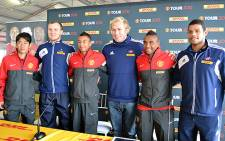 The Stormers join Manchester United players for a photo opportunity in Cape Town on 20 July 2012. Picture: Aletta Gardner/EWN