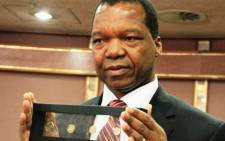 Reserve Bank of Zimbabwe chief, John Mangudya says the new coins will help stabilise prices and build confidence in the economy. Picture: Twitter @therealngoni.