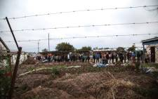 Long voter lines snake around the Emfundisweni Pre-Primary School in Nomzamo, in the Western Cape. Picture: Cindy Archillies/EWN.