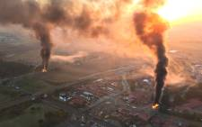 Aerial views of a burning Atteridgeville from the EWN chopper this morning.  Picture: Aki Anastasiou/EWN.