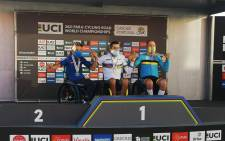 South Africa's para-cyclist Pieter du Preez (centre) after winning the road race at the World Championships in Cascais Portugal. Picture: Supplied.