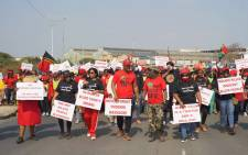 Scores of Economic Freedom Fighters (EFF) members marched to the Phoenix police station on 5 August 2021 after at least 36 people were killed during July's civil unrest after. Picture: @EFFSouthAfrica/Twitter.