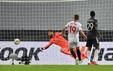 Sevilla's Luuk de Jong scores against Manchester United during their Europa League semifinal match in Cologne, Germany on 16 August 2020. Picture: @EuropaLeague/Twitter