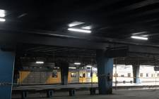 Metrorail has temporarily suspended the Cape Flats and Kapteinsklip lines after a train caught fire, disrupting operation services on 29 May 2019. Picture: Kevin Brandt/EWN