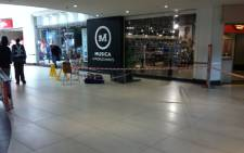 FILE: An area cordoned off at Cresta shopping Mall after attempted robbery at Apple Store on 13 August, 2014. Picture: Christa Eybers/EWN.