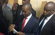 MDC Alliance leader Nelson Chamisa prepares to cast his vote in Zimbabwe's presidential elections on 30 July 2018. Picture: EWN