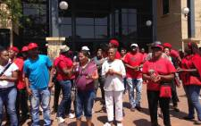 EFF members at Chris Hani Baragwaneth Hospital to disrupt Nehawu members as they picket outside the hospital on 30 September 2015. Picture: Masego Rahlaga/EWN.
