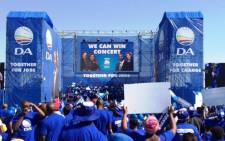 FILE: Thousands of DA supporters gathered in Kliptown, Soweto, for the party's We Can Win concert on 4 May 2014. Picture: Democratic Alliance/Twitter.