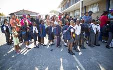 FILE: School pupils at Merrrydale Primary in Mitchells Plain queue for the first class of the year. Picture: Thomas Holder/EWN.