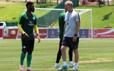 FILE: Bafana Bafana coach Stuart Baxter (right) puts his players through their paces during a training session on 15 November 2018. Picture: @BafanaBafana/Twitter