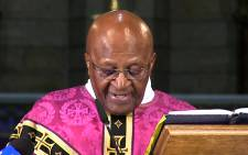 Anglican Archbishop Emeritus Desmond Tutu leads a service at the St George's Cathedral in Cape Town on 6 December 2013. Picture: Aletta Gardner/EWN.