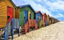FILE: The City of Cape Town is reported to be planning to remove Muizenberg's colourful beach huts. Picture: Pixabay.com.