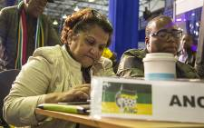 FILE: ANC deputy secretary-general Jessie Duarte crunches numbers as results continue to trickle in at the IEC national results centre in Pretoria on 4 August 2016. Picture: Reinart Toerien/EWN.