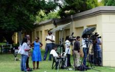 FILE: An EWN reporter was forced by centre management to delete interviews and photos collected at a mall.