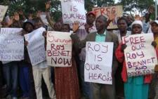 Zimbabweans protest outside the Mutare Police Station where Movement for Democratic Change's Roy Bennett is being kept. Picture: Supplied