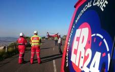 ER24 paramedics airlifted a young woman on Saturday 21 August after she was unable to complete a hike on Table Mountain. Picture: ER24 via Twitter.