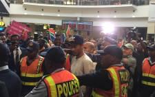 Olympic champion Wayde van Niekerk arrives back in South Africa. Picture: Marc Lewis/EWN