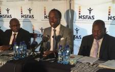 FILE: NSFAS chairperson Sizwe Nxesana (centre) at a press briefing. Picture: Vumani Mkhize/EWN.