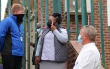 The DA KZN wanted to inspect the local Glen Earle clinic following complaints from community members, but the gates were locked. Picture: DA KZN