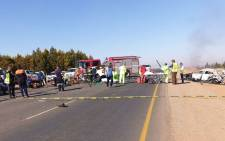 Three men were killed on 8 September 2020 and 11 others injured in a crash on the R25 in Bapsfontein. Picture: @Netcare911_sa/Twitter