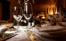 Restaurant table setting 123rf